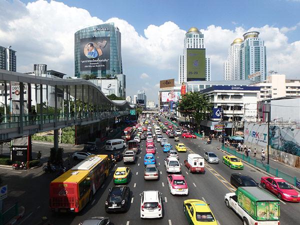 いつも大渋滞のバンコク市内