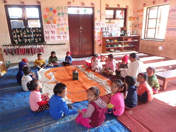 京都ノートルダム学院のシスター達が開いたという幼稚園を見学