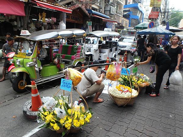 街角のお花屋さん