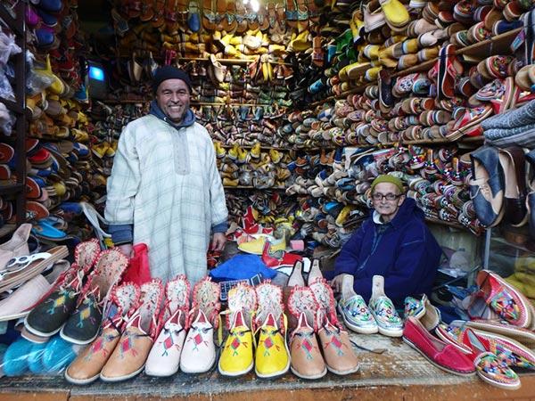 タフロウトの靴屋さん。お洒落なブーツを仕入れましたよ♪