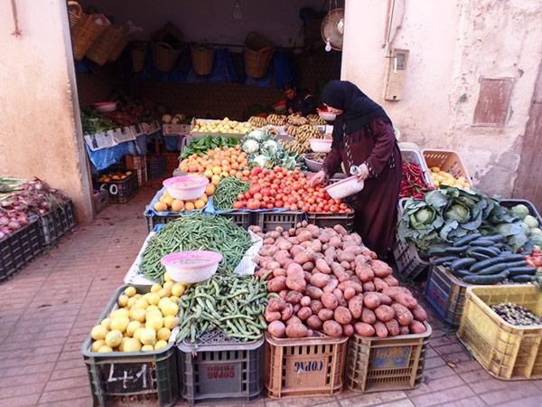 アラブスークの八百屋さん。モロッコは野菜が豊富なのでとても嬉しい