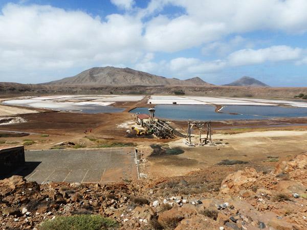 島の東部にあるペドラ・ルーメ Pedra da Lumeの塩田跡。入場料は550エスクード(約680円)