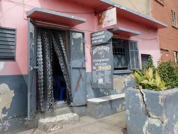ティレン市場 Marché Tilèneの近くにある、地元の人に人気の美味しいレストラン