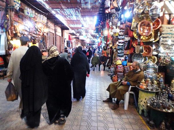 散策が楽しいマラケシュのメディナ♪ ここはアラブの雰囲気が漂っています