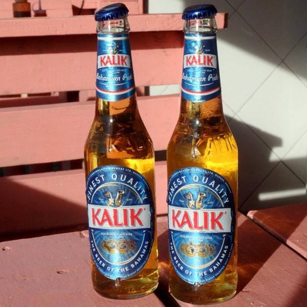 バハマの代表的なビール、カリック Kalik