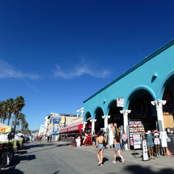 ベニス Veniceのオーシャン・フロント・ウォーク Ocean Front Walk