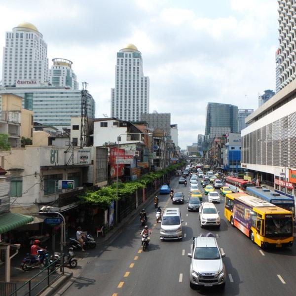 今回のバンコクは空が霞んでいる日が多かったです